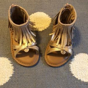 New GAP Kids Toddler Girl Sandals Fringe Grecian 8